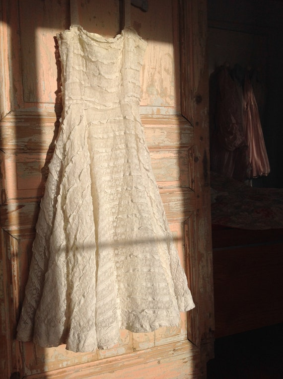 vintage lace party dress, little ruffled prom dres