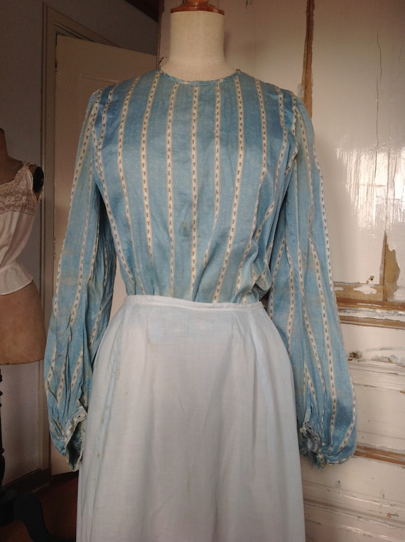 1890s blouse with a floral cotton print