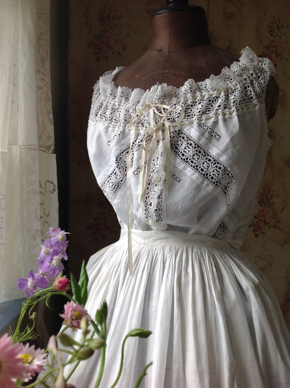 fine linen and lace camisole - image 7