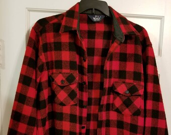Vintage Woolrich Red Plaid Men's Shirt - Large