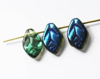 5 leaf Czech glass beads