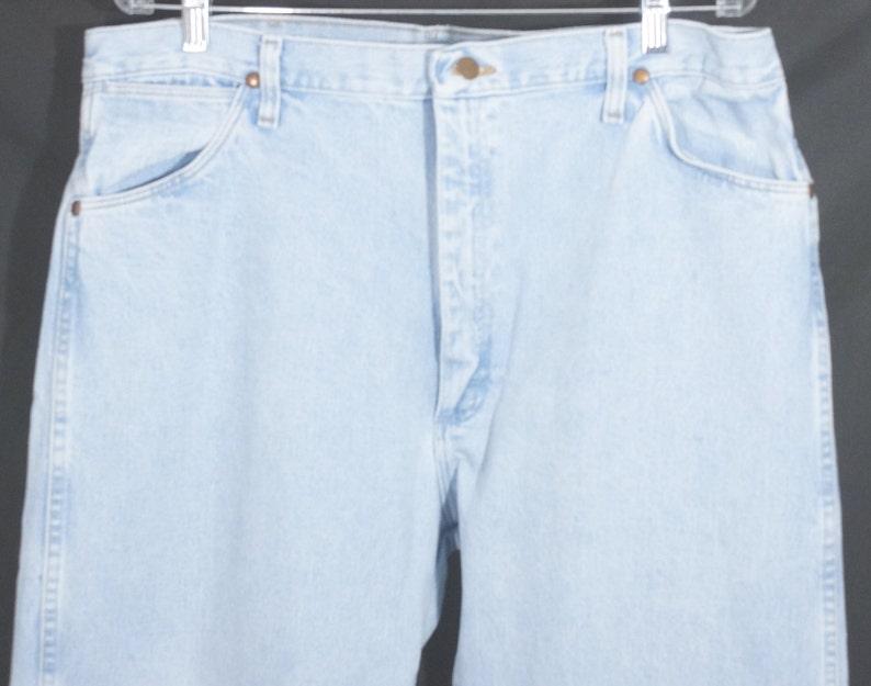 Vintage Western Denim Jeans Original 1980/'s Wrangler/'s Light Blue Wash Cotton Straight Leg Sturdy Work Pants Worn In Fading Size 38x32 Boho