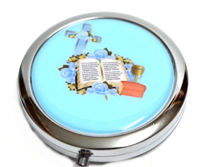 Compact Mirror-Cross and Bible Design.