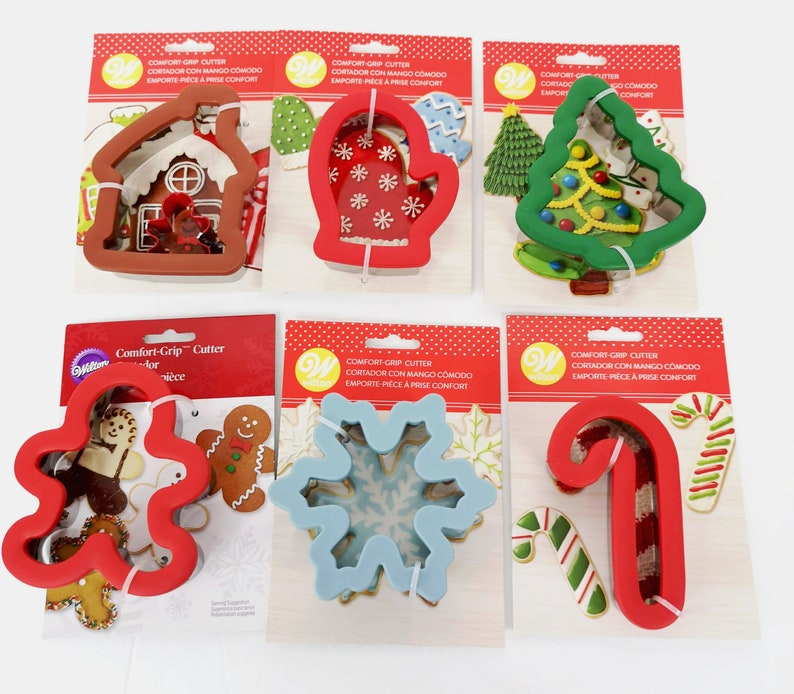 Wilton Comfort Grip Cookie Cutters Christmas New 6 Styles Available Gingerbread House Man Tree Candy Cane Mitten Snowflake