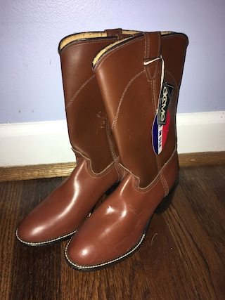 Vintage Acme brown boots, size 4D, New!