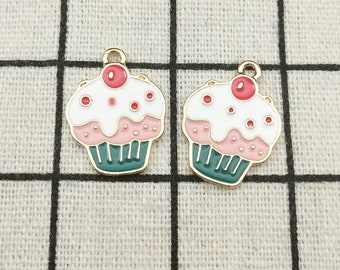 10 CUPCAKE CAKE SHOP HOUSE GOLD PLATED WITH ENAMEL PENDANT CHARMS