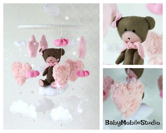 Mobile pour bébé | Ours en peluche Mobile | Chambre de bébé ours en peluche | Rose Mobile | Étoiles Mobile | Mobile en feutrine | Bébé fille Mobile | Mobile de lit