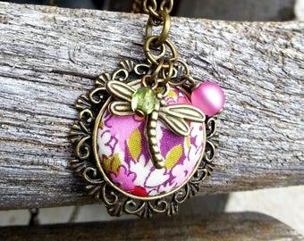 Collier Printemps Vintage et Couture Liberty - Prune Rose Vert - libellule