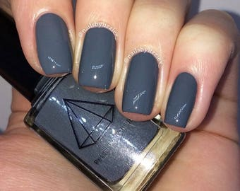 Robustus - a dark grey uk indie nail polish creme