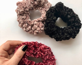 Velvet scrunchies, crochet scrunchies, scrunchies, gifts for her, gifts for kids, gifts for mom, gifts for friends, Christmas gifts