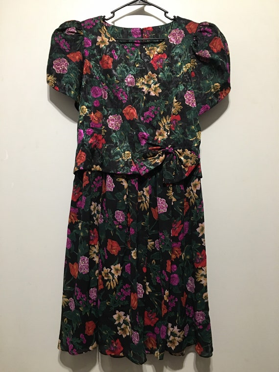 1980s Floral Sheer Overlay Puff Sleeve Bowed Peplu