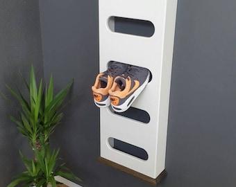 Shoe rack loop