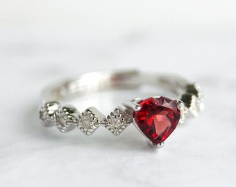 Sterling Silver Garnet Ring, Garnet Heart Ring, Garnet Engagement Ring, 925 Silver Garnet Ring, 18K White Gold Heart Shaped Garnet Ring