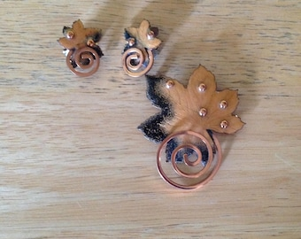 Mattise Renoir Vintage Copper Leaf with Clip On Earrings