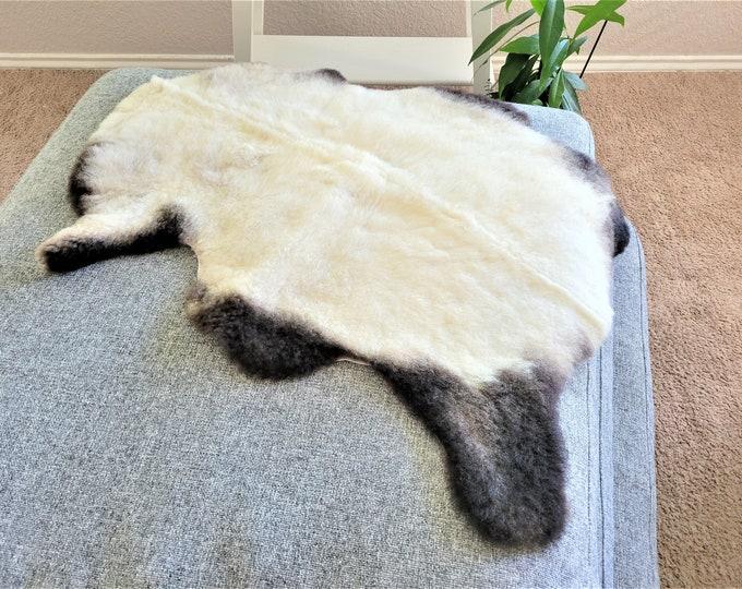 Real Sheepskin Rug, Icelandic Sheepskin, Genuine Sheepskin, Sheepskin Rug, Sheepskin Pelt, Beige Brown Soft Wool, 27 x 34 in.