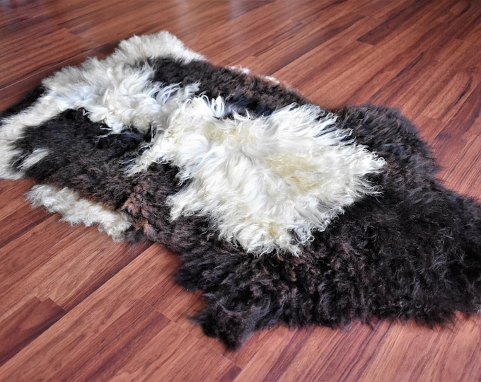 "Virus Resistant Ethically Sourced Locals Grown Sheepskin Rug, Eco-Friendly Imported, Beige Brown Long Wool, 2'2""x3'5"""