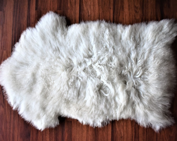 Real Icelandic Genuine Sheepskin Rug Creamy White Long Fur