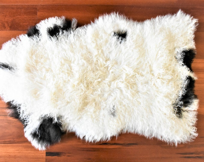 Sheepskin Pelt, Ethically Sourced in Europe, White Black