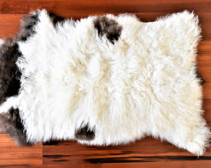 Sheepskin Rug,Beige Brown Throw, Genuine Leather, Sheep Skin, Decorative rug, Genuine Sheepskin Rugs, Comfy, Cozy, Natural
