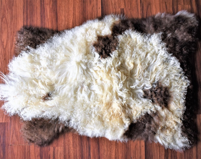 Sheepskin Rug, Leather Rug, Lamb Rug,  Natural Sheep Skin, Rugs, Genuine Sheepskin Rug, Fur Rug, Sheepskin, Throw Rugs, Holiday Gift