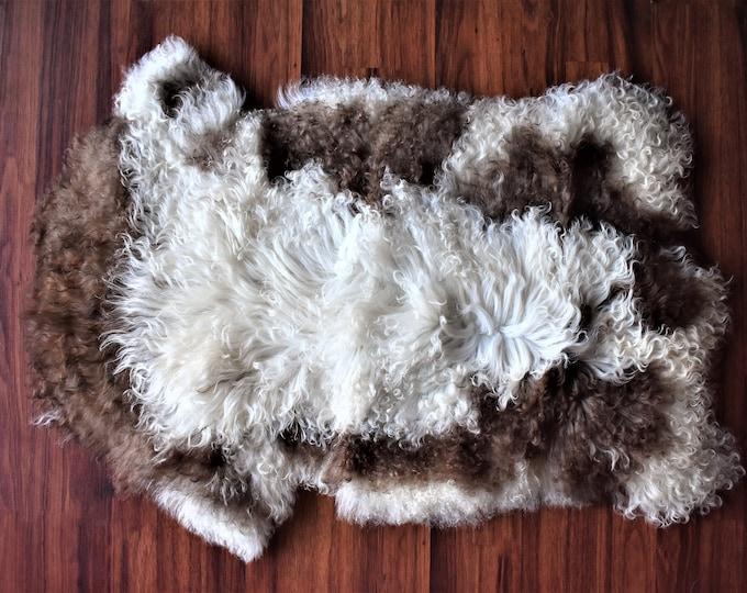 Genuine Sheepskin Rugs Unique Lamb Sheepskin, Lambskin Rug, Pelt, Throw, Blanket Giant Extra Large Creamy White Brown Real Sheepskin Throw