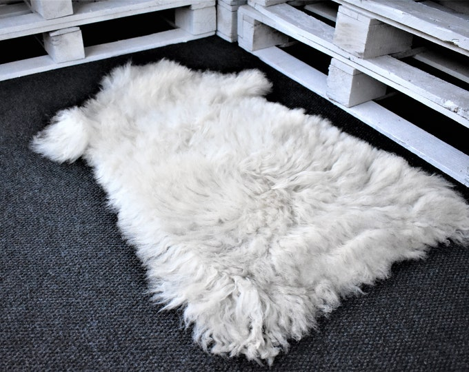 "Virus Resistant Genuine Sheepskin Rug Sustainable Sourced Bio-Friendly Sheepskin Rug, Imported, White Long Wool, 2'0""x3'3"""