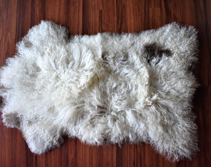 Real Icelandic Genuine Sheepskin Rug White Brown Long Fur