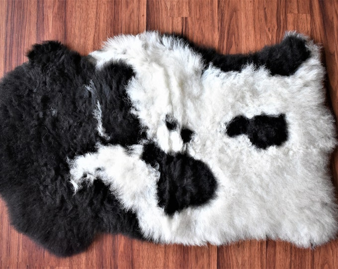 Beautiful White Black Genuine Sheepskin Rug, Natural Humanely Sourced, White Sheepskin Throw, Scandinavian Style Rustic Home Decor, Carpet