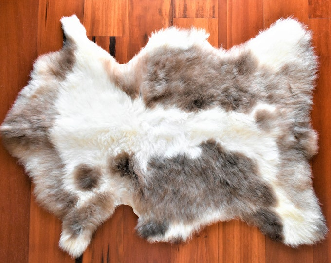 Sustainable Sheepskin Rugs, Sheepskin Pelt, Dining Chair Cover, Sheepskin Chair Pad