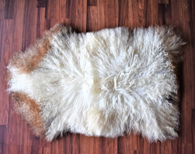 Real Icelandic Genuine Sheepskin Rug Creamy White Brown Long Fur