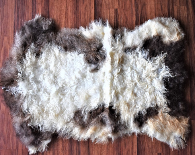Genuine Sheepskin Rug Natural Creamy White Brown Sheepskin Rug, Pelt, Sheepskin throw