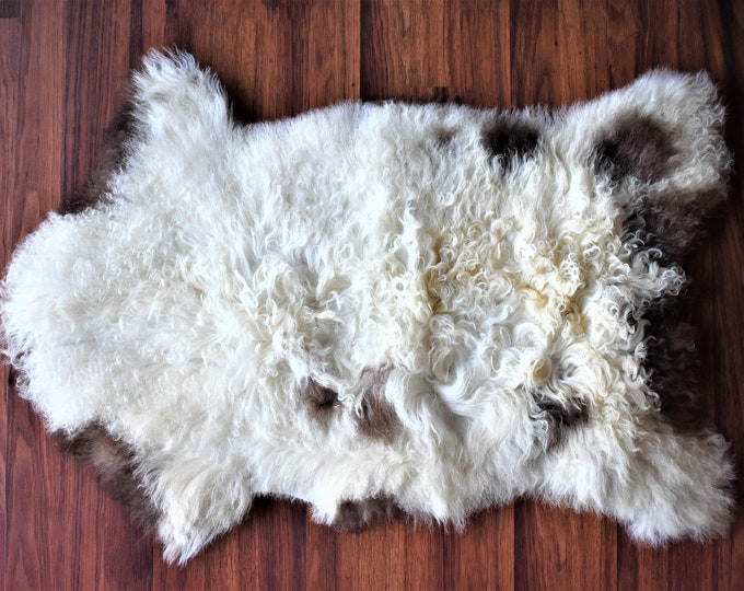 Beautiful White Brown Genuine SHEEPSKIN rug | Natural Humanely Sourced | White Sheepskin Throw | Scandinavian Style Rustic Home Decor