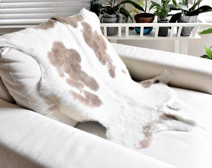 Real Icelandic Genuine Sheepskin Rug Cream Brown Fur, 26 x 35 in.