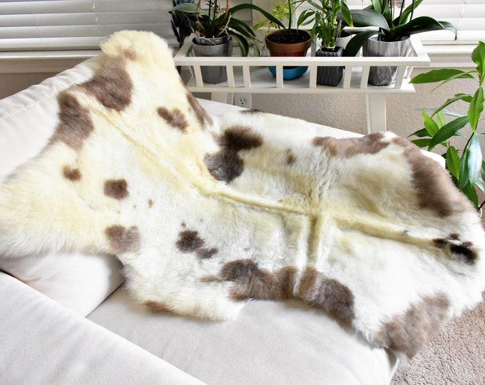 Sheepskin Pelt,  Sheepskin Throw, Soft Beige Brown Wool, 28 x 41 in.