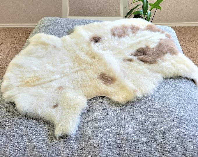Sheepskin Rug, Fabulous Sheepskin Pelt, Ethically Sourced Swedish Rug, 28 x 36in.