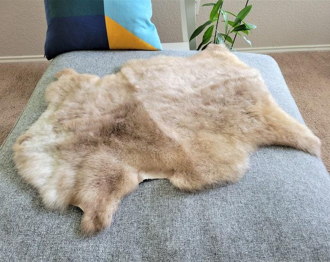 Calming Sheepskin Throw, Soft Wool Sheepskin Pelt, Brown Wool Charming Rug, 25 x 31 in.