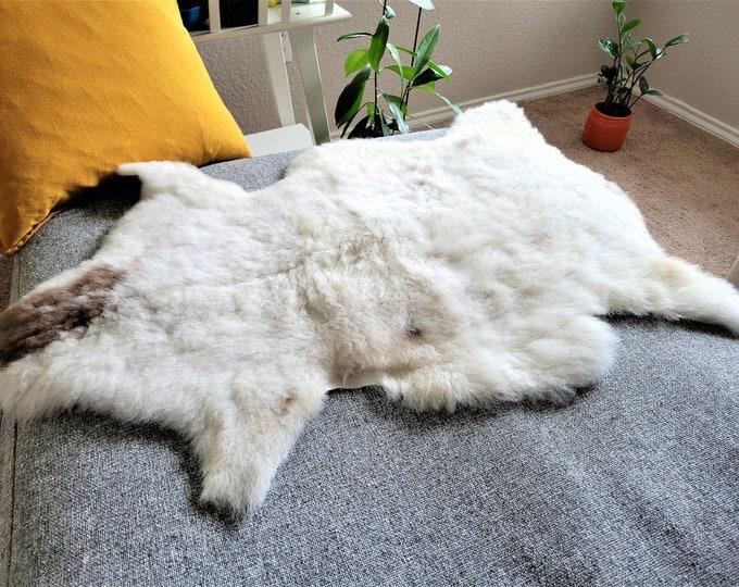 Sheepskin Rug, Rug, Sheepskin, Rugs, Sheep Skin, Sheepskin Throw, Area Rugs, Fur Rug, Natural, Genuine Sheepskin, 28 x 38 in.