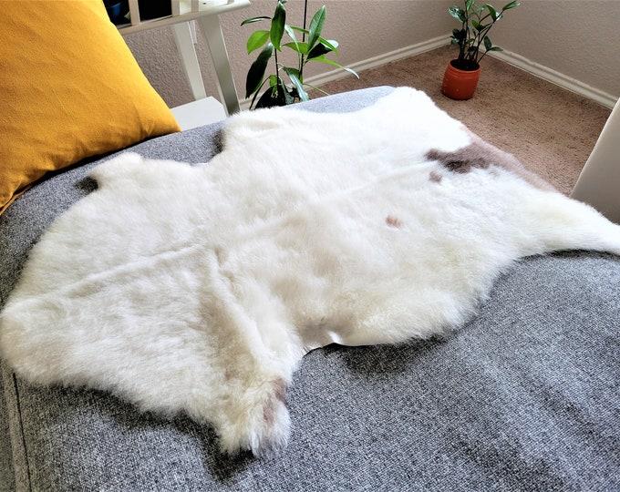 Sheepskin Rug, Sheep Skin, Rug, Chair Cover, Scandinavian, Genuine Sheepskin, Real Sheepskin, Sheepskin Throw, Bed Throw, Fur, 25x36 in.