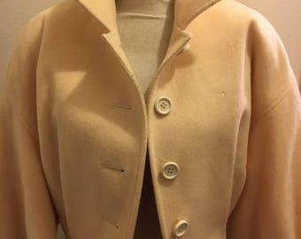 Fabulous cropped boxy cream 80s wool jacket small