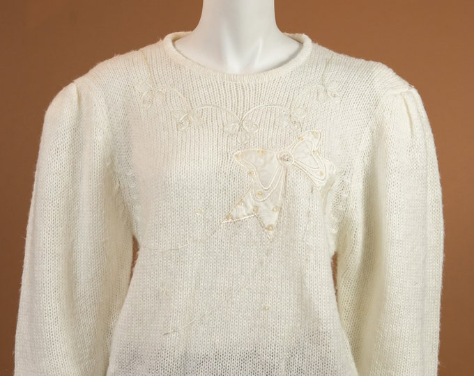 Vintage Off-white Sweater - Medium Size Soft Coloured Wool Blend knit Pullover - Spring or Autumn Ladies / Women's Floral Sweater