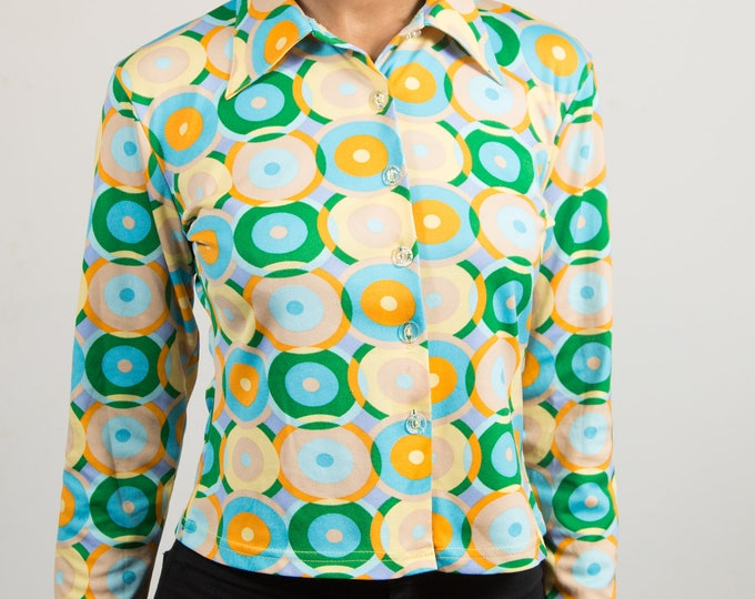 Vintage Green Geometric Blouse - Women's / Ladies Long Sleeve Shirt with Pointed Collar and Circular Pattern - Zoom Brand