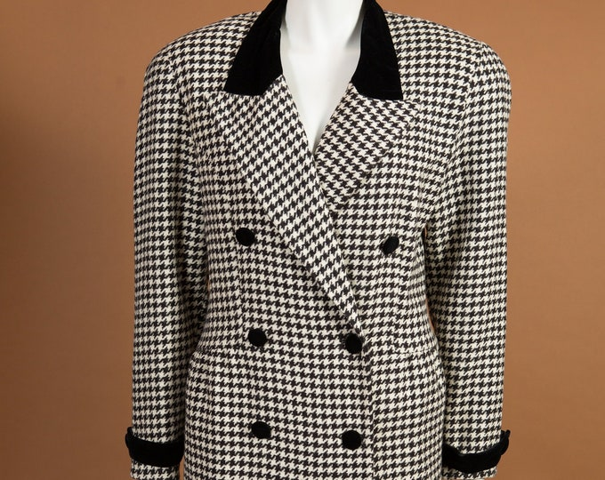 Vintage Houndstooth Blazer - Medium Size Women's or Ladies Black and Grey Long Sports coat Jacket - Office Casual Business Suit