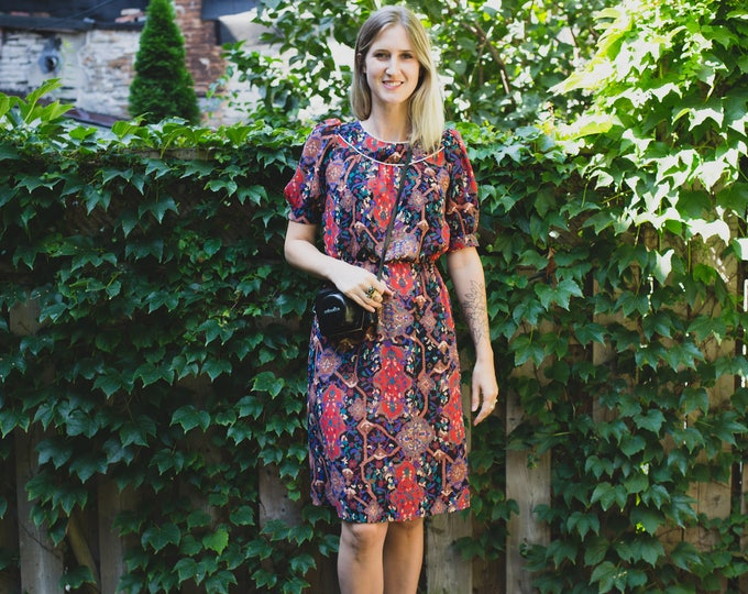 Vintage 60's Ornate Print Dress / Lightweight Sheer Spring Summer Dress with Pink Pearly Buttons