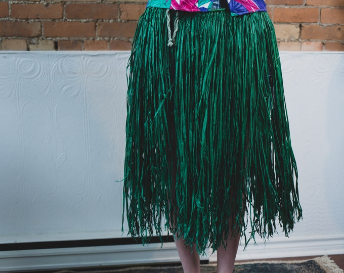 Vintage Green Grass Hawaiian Skirt - Flexible Waist Aloha Hawaii Vacation Skirt - Tiki Party Skirt