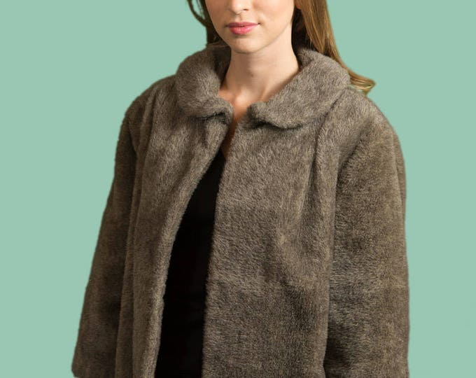 Vintage Faux Fur Coat / Short Fake Grey Brown Fur Jacket with Collar / Ladies or Women's Fashion