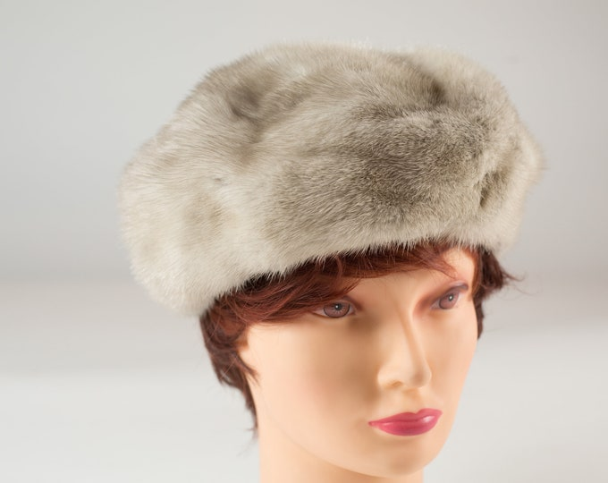 Vintage Ladies Fur Hat - 1960's Canadian Fur Women's Hat - Canadian Grey Fox Fur Fall Winter Eatons Hat