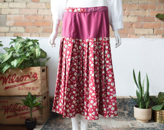 "Vintage Country Style Skirt - 33"" High Waisted Spring Summer Wool Skirt with Merlot Red tone Floral pattern and Solid Colour at top"