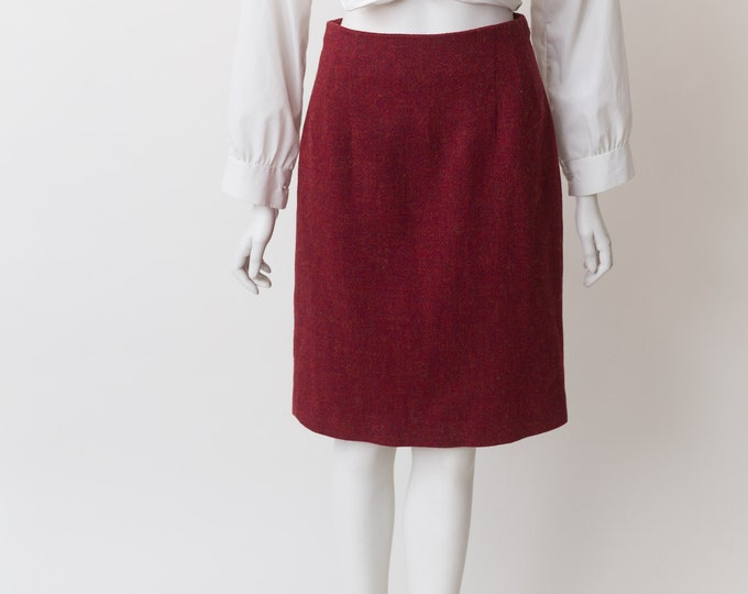 "Burgundy Red Skirt - 27"" Vintage Rajneesh Red Wool Skirt - Short cut Spring or Summer Solid Simple Skirt"