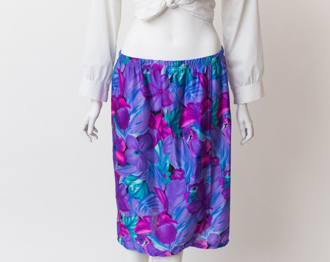 Vintage Floral Skirt - Large Stretchy Waist Spring Summer Blue and Purple Flower pattern Hawaiian Skirt by Jantzen