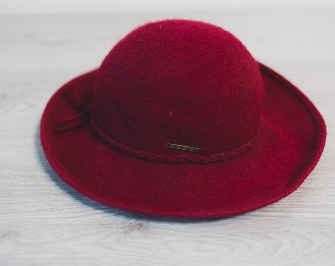 Vintage Red Hat - Ladies Wool Summer Spring Hat - Made in Austria by Geiger